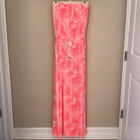 GAP Dresses & Skirts - Coral and cream Hawaiian style dress